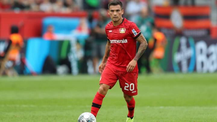 Charles Aránguiz, posible fichaje del Atlético. 1