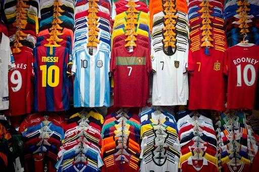 03b4edf98a6e9 Las 5 camisetas más caras de Europa  el Atlético