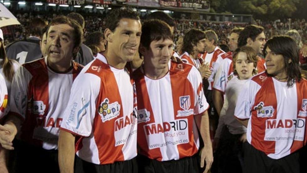 VIDEO: Así jugó Messi con la camiseta del Atlético de Madrid en 2009 1